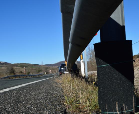 protecciones en barreras de seguridad de carreteras
